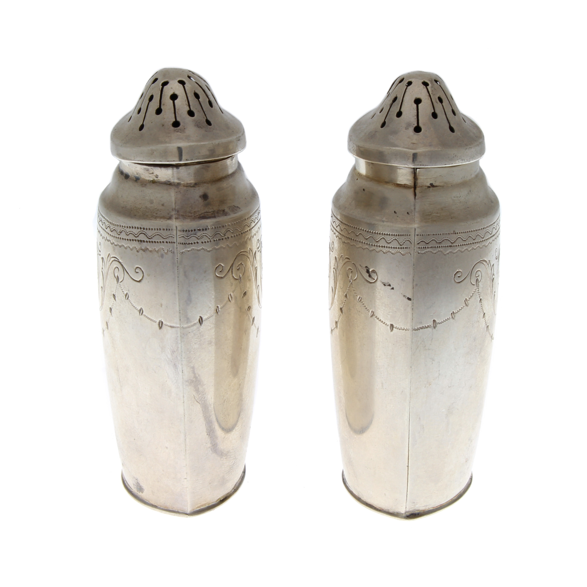 Colonial Revival R Wallace Sterling Silver Salt Amp Pepper